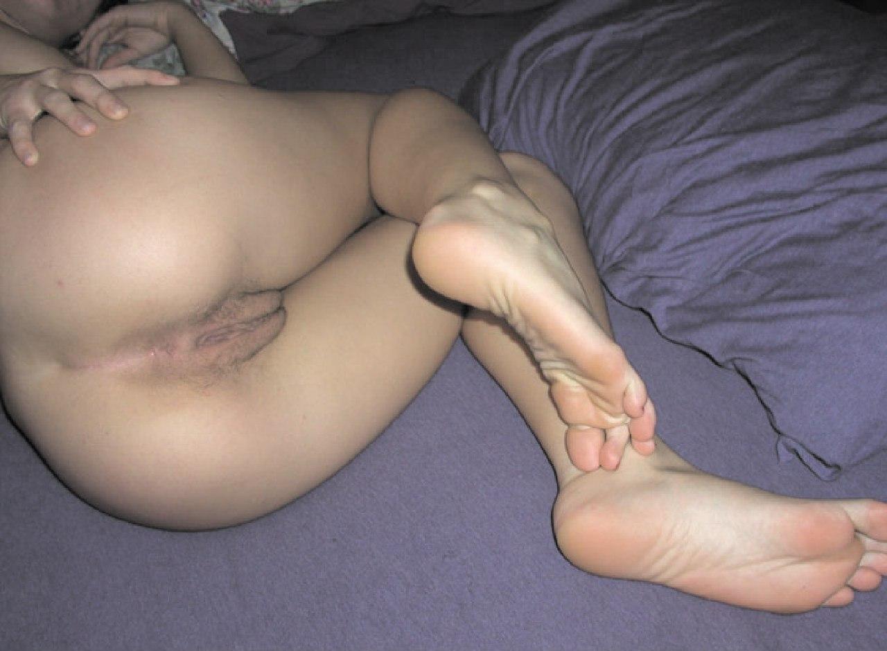Домашние цыпочки подставляю киски для фотосъёмок - секс порно фото