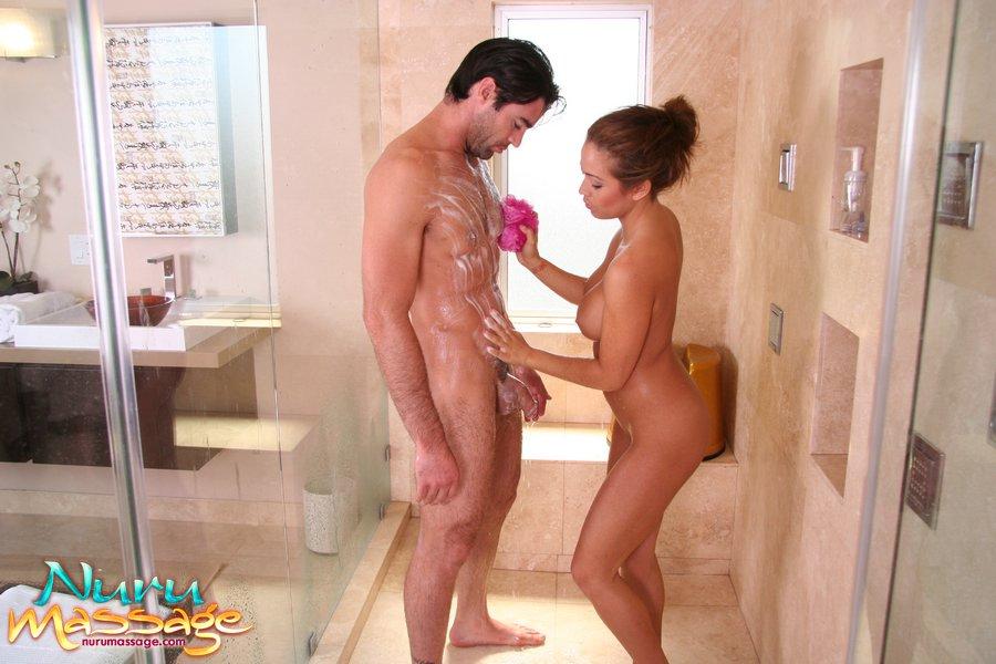 Нуру массаж и секс с азиатской массажисткой - секс порно фото