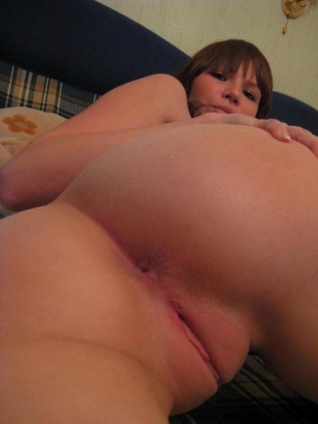 Мужья фотографируют аппетитные попы своих жён - секс порно фото