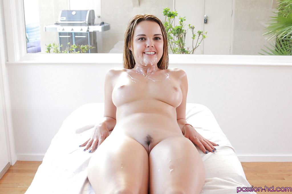 Опытный любовник поимел цыпочку после лёгкого массажа - секс порно фото