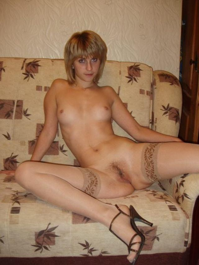 Красивые девушки красуются голышом перед бойфрендом - секс порно фото